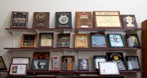 Des Moines custom plaques, trophies, and awards company - APS
