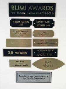 Different varieties of style for metal name plaques.